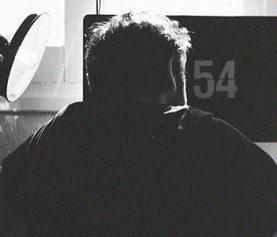 Managing your mental health in Victoria's COVID-19 lockdown